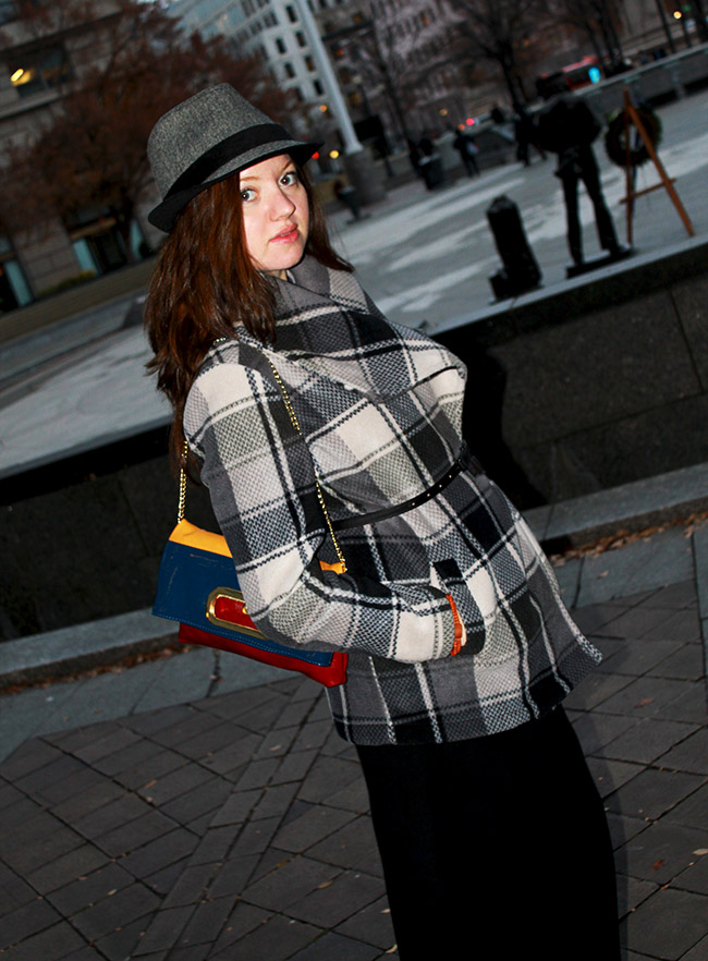 cozy jacket and fedora, TJ Maxx comfy jacket, Valerie Bertinelli jacket, fall look, Steve madden clutch