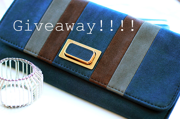 giveaway_clutch&bracelet combo_best Giveaway_Langford market_fashion blog by Elena Fay