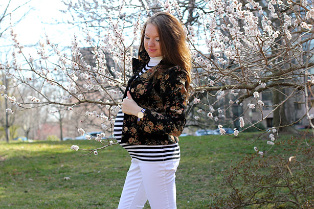 maternity style, maternity wear, pregnancy fashion, 36 weeks, striped top, monday bloom link up