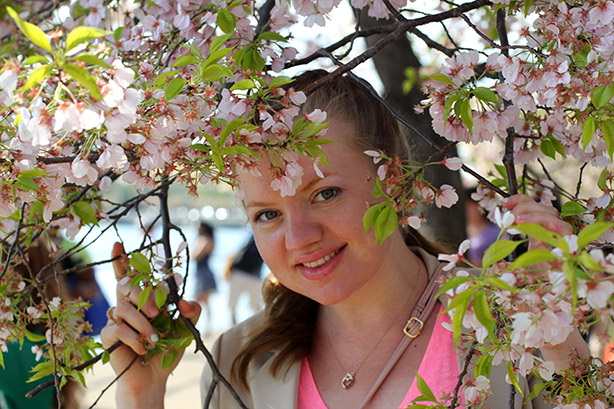 cherry blossom in DC, monday bloom, link up, maternity style, 37 weeks pregnant, pregnancy style, fashion Elena Fay