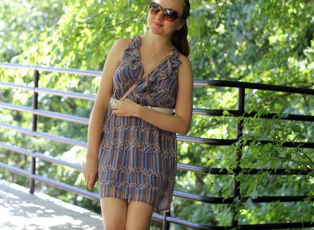 postpartum look, post maternity fashion, charming dress,