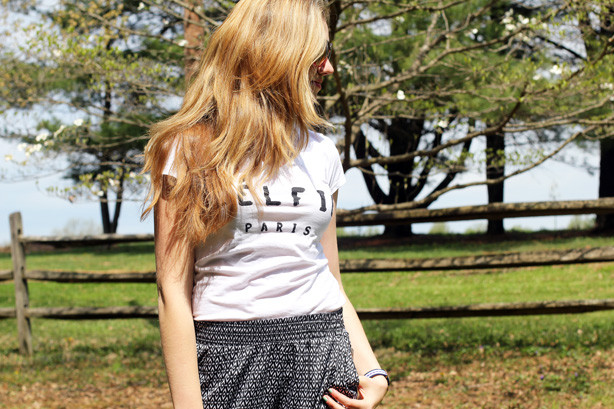 sporty chic look, comfy look, relaxed outfit, comfy and stylish