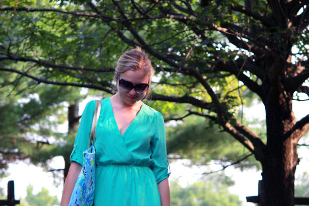 mint dress, Lilly Pulitzer tote, summer look
