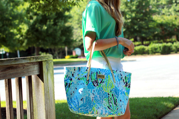 Lilly Pulitzer® 'Resort' Tote,summer look, wearing white after memorial day, scalloped shorts with oversized blouse