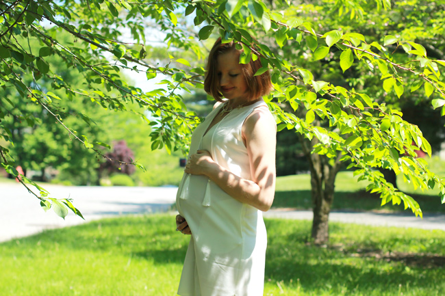 it's a boy, 24 weeks pregnant, pregnancy style, maternity style, mom to be, white summer dress, starfish accessory