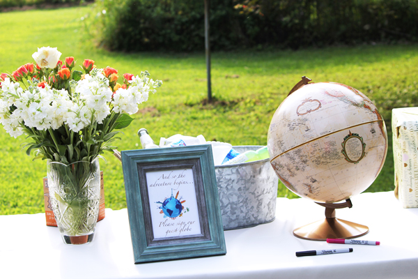wedding table set up, outside wedding, wedding globe